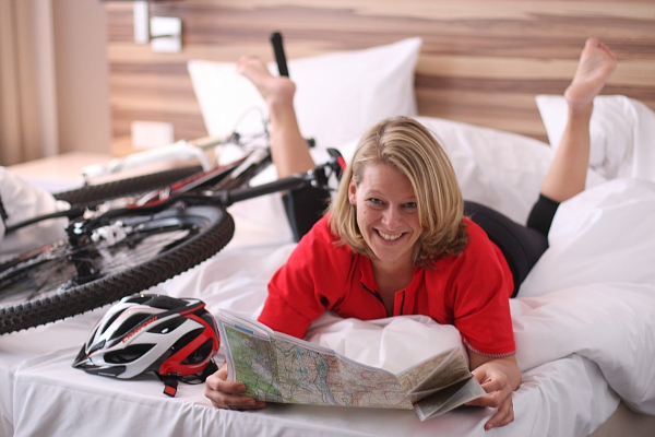 adfc hessen bett bike unterk nfte gesucht. Black Bedroom Furniture Sets. Home Design Ideas